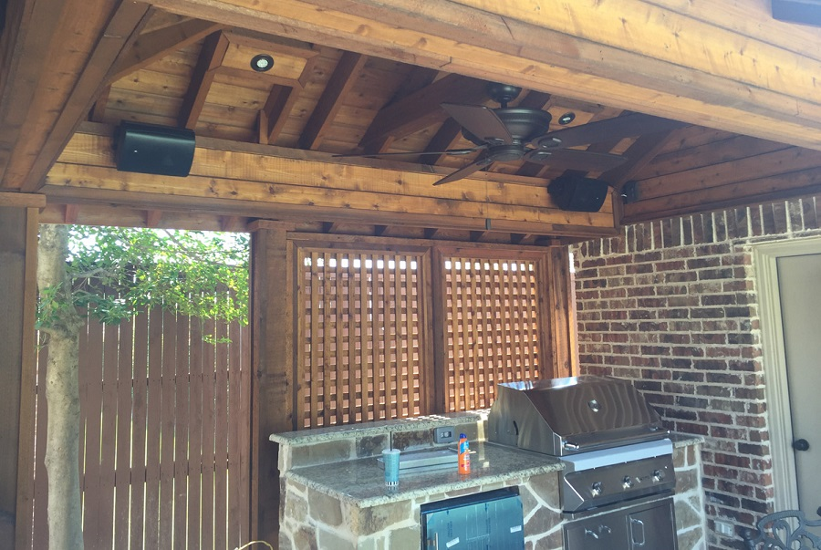 5 Tips for Designing an Outdoor Sound System