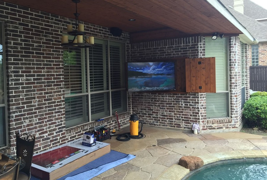 Where Is the Best Location for Your Outdoor Television?